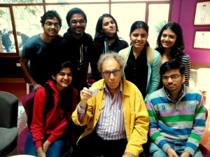 Walter Lewin with undergrads
